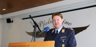 Begrüßung der Gäste durch Oberstleutnant Martin Hess (Foto: Bundeswehr/Wiedemann)