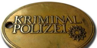 Symbolbild, Kriminalpolizei, Dienstmarke