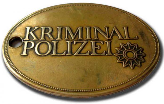 Kriminalpolizei-Dienstmarke_Symbolbild_
