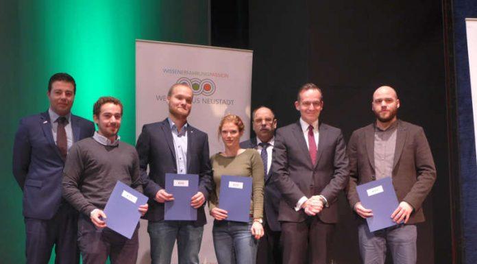 Erstmalig wurde der Innovationspreis für Bachelorarbeiten in vier Kategorien vergeben: Weinbau/Phytomedizin, Oenologie/Analytik, Mikrobiologie/Biotechnologie und Betriebswirtschaft/Marketing (Foto: Weincampus Neustadt)