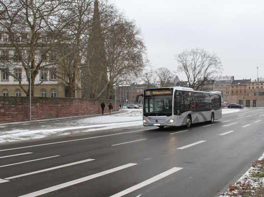 Shuttlebus KSC Adenauerring © VBK