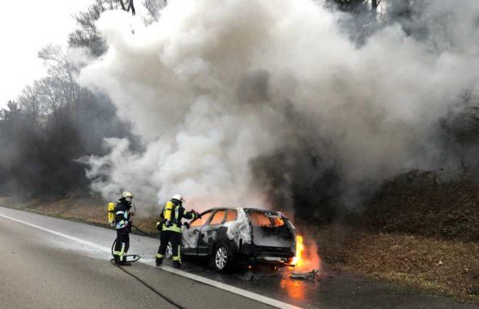 Siehe Artikel: PKW Brände beschäftigen Wiesbadener Feuerwehr