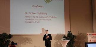 Dr. Volker Wissing, Minister für Wirtschaft, Verkehr, Landwirtschaft und Weinbau Rheinland-Pfalz, bei seinem Grußwort. (Foto: BDS)