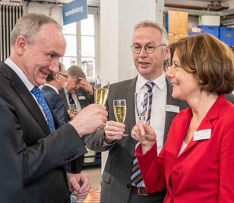 Gienanth Besuch Malu Dreyer (Foto: Helmut Dell)