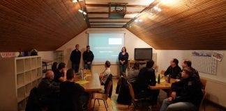Die Infoveranstaltung im Feuerwehrhaus Elmstein (Foto: Holger Knecht)