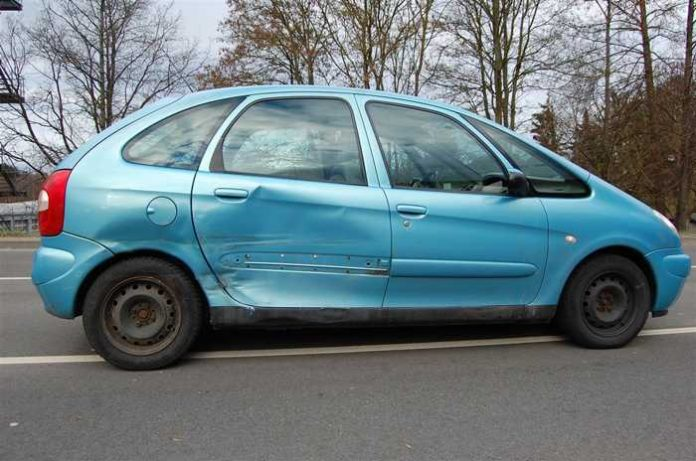 Rockenhausen_Verkehrsunfall - Fahrerin verletzt