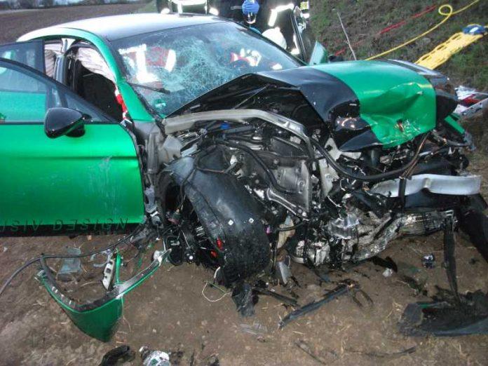 Artikel: Verkehrsunfall mit drei beteiligten Fahrzeugen © Feuerwehr Bad Kreuznach