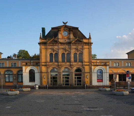 Symbolbild Hauptbahnhof Neustadt (Foto: Holger Knecht)