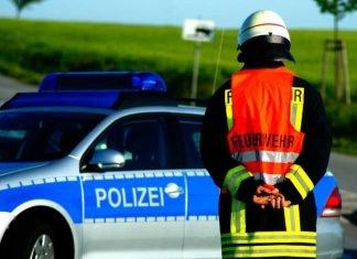 Symbolbild, Polizei, Feuerwehr © Rico_Loeb on Pixabay
