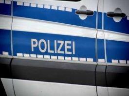 Symbolbild, Polizei, Polizeiwagen, Schriftzug © TechLine on Pixabay