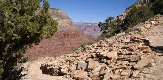 Blockmeer aus hellen Sandsteinen im Grand Canyon National Park (Foto: GEOSKOP-2009)