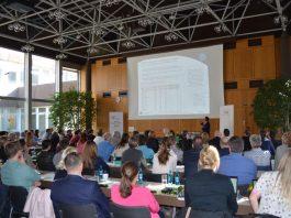 """Vortrag """"Profilierung deutscher Weinbaugebiete"""" (Foto: Weincampus Neustadt)"""