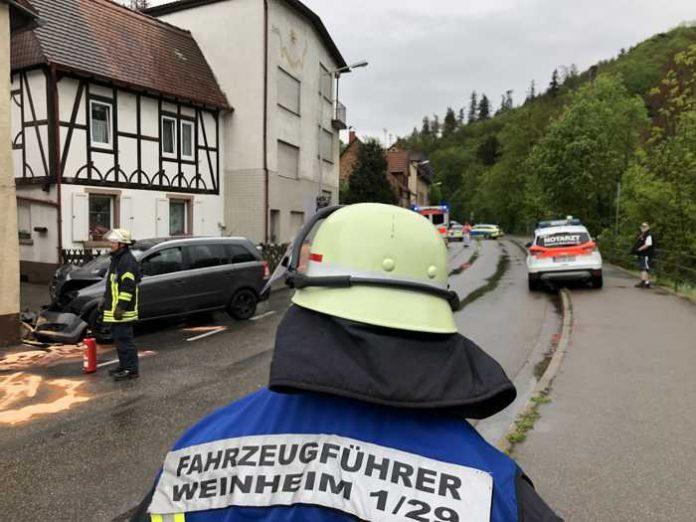 Freiwillige Feuerwehr Weinheim in der Birkenauer Talstraße © Ralf Mittelbach
