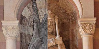 Montage Figuren in der Vorhalle (Foto: Domkapitel)