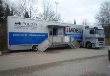 Symbolbild, Polizei, Infotruck
