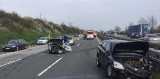 Wiesbaden_A66 - Verkehrsunfall © Feuerwehr Wiesbaden