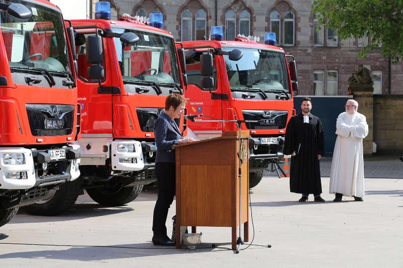 Karlsruhe Feuerwehr Löschfahrzeuge (Foto: Klaus Eppele)