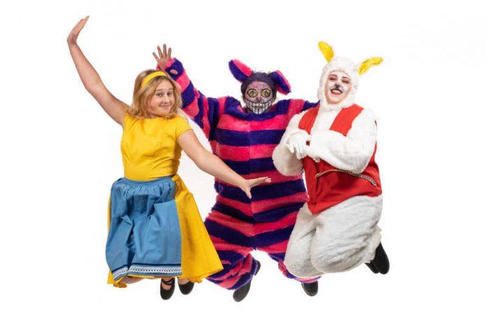 Alice, die Grinsekatze und das weiße Kaninchen