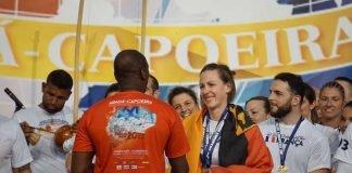 Lila Sax dos Santos Gomes (Instrutora Lilás) gewinnt Bronze bei der Capoeira-Europameisterschaft (Foto: Finn Manser)