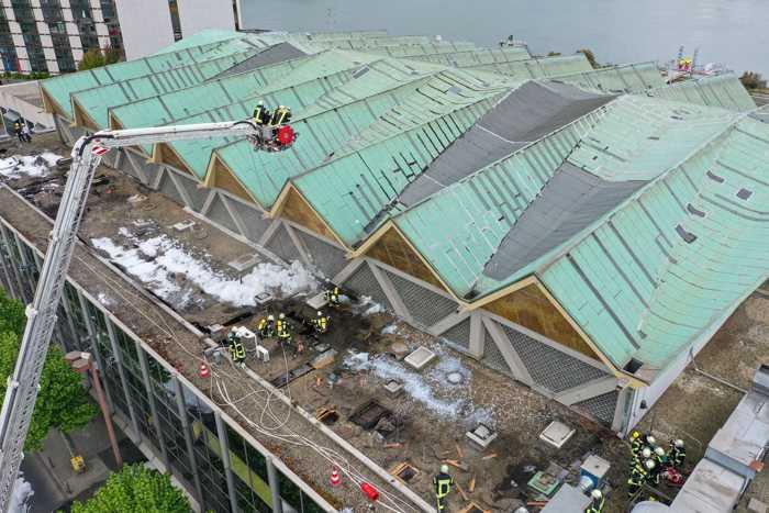 Feuerwehr Mainz: Löscharbeiten © Stadtverwaltung Mainz