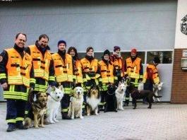 Hundeführerteams (Foto: Freie Rettungshundestaffel Elmstein e.V.)