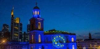 Illumination Paulskirche, Pulse of Europe (Foto: Stadt Frankfurt/Bernd Kammerer)