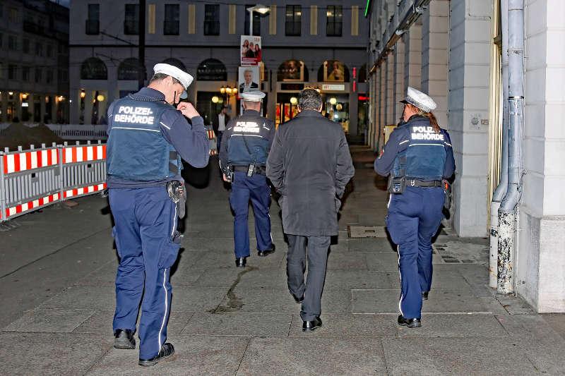 Karlsruhe KOD Führung (Foto: Klaus Eppele)