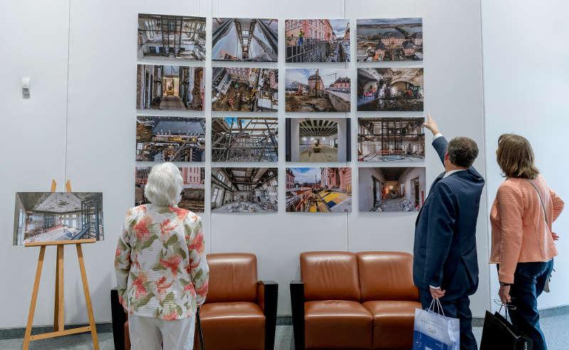 Ausstellung (Foto:Landtag Rheinland-Pfalz/Torsten Silz)