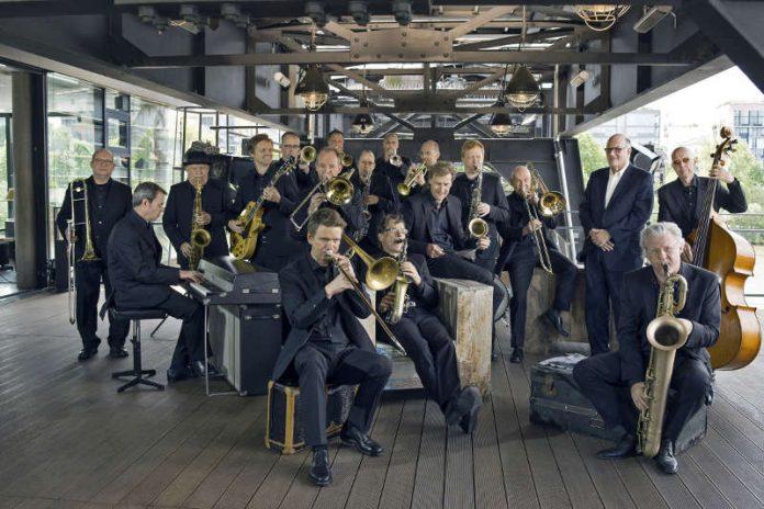 Die hr-Bigband 2019/20 (Foto: hr/Dirk Ostermeier)