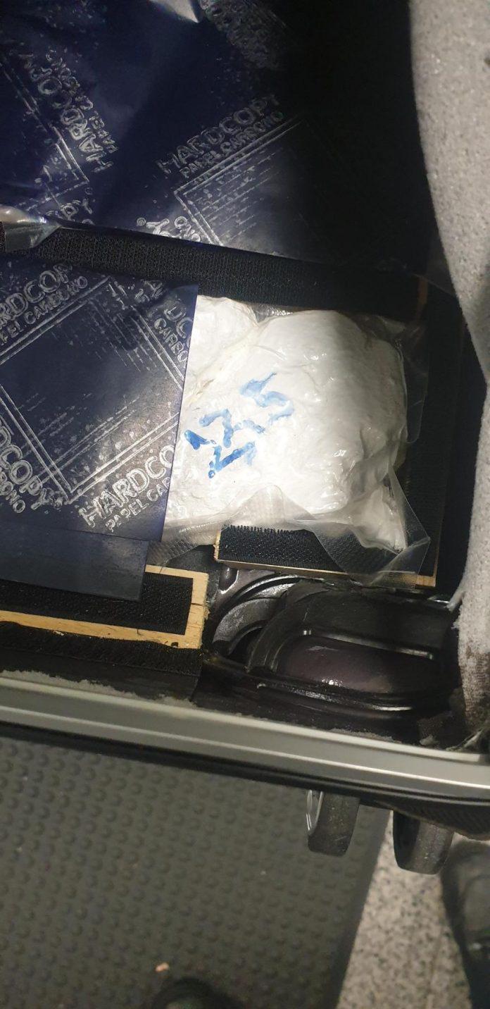Kokain für 120.000 Euro im Kofferboden versteckt