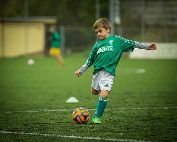 Symbolbild, Fußball, Jugendfußball, Sport © on Pixabay
