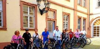 Überreichung der E-Bikes (Foto: Stadtverwaltung Neustadt)
