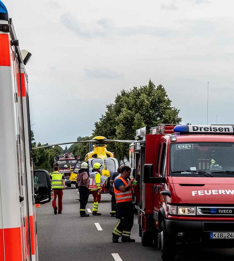 Dreisen Marnheim Verkehrsunfall (Foto: Helmut Dell)