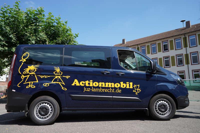 Lambrecht JUZ Actionmobil Fahrzeugübergabe 2019 (Foto: Holger Knecht)