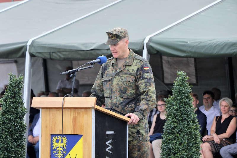 Die erste Rede von Oberstleutnant Eckert (Foto: Bundeswehr/Frank Wiedemann)