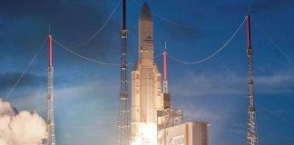 Am 6. August 2019 um 21:30 Uhr Mitteleuropäischer Sommerzeit (16:30 Uhr Ortszeit Kourou) startete eine Ariane-5-Trägerrakete mit dem ersten eigenen Satelliten des europäischen Datenrelaissystems EDRS in den geostationären Orbit. (Foto: Arianespace.)
