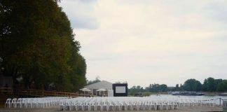 Warten auf den Beginn des Festival des Deutschen Films (Foto: Hannes Blank)