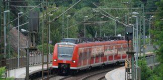 Symbolbild S-Bahn Bahnhof (Foto: Holger Knecht)