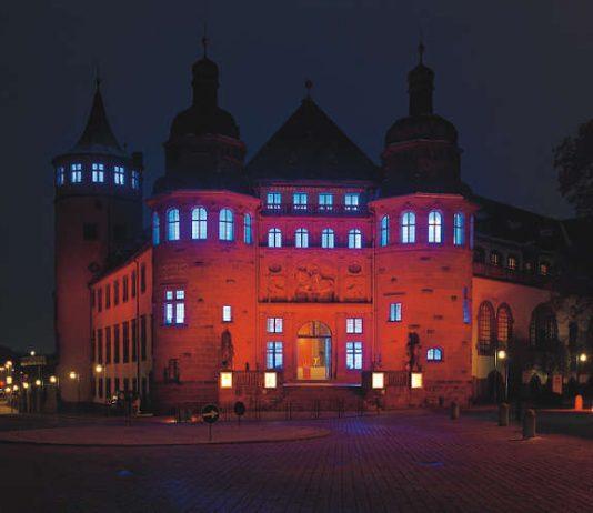 Museum bei Nacht (Foto: Historisches Museum der Pfalz/Robert Häusser)