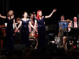 The Rosevalley Sisters mit der Blue note BIG BAND (Foto: Holger Knecht)