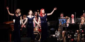 The Rosevalley Sisters mit der Blue note BIG BAND (Foto: Holger Knecht)