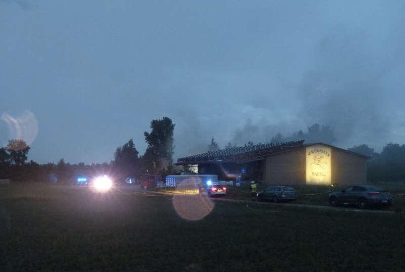 Die Einsatzstelle in Duttweiler (Foto: Feuerwehr Neustadt)