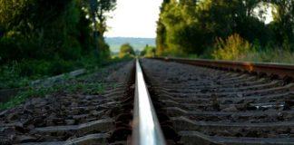 Symbolbild, Bundesbahn, Bahngleise, Gleisbett, Schienen, Gleise, unbefahren © on Pixabay