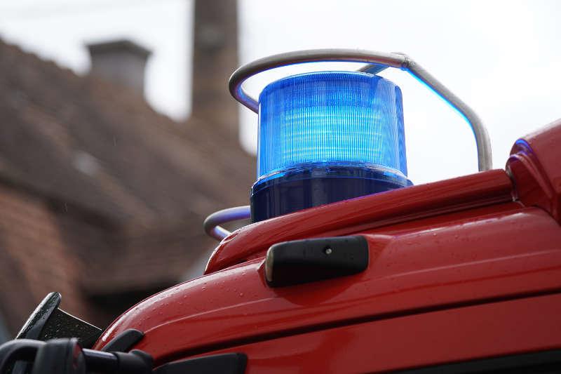 Symbolbild Feuerwehr Blaulicht (Foto: Holger Knecht)