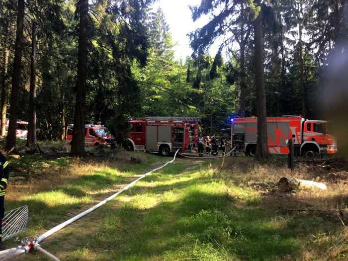 Waldbrand Wasserversorgung © Feuerwehr Wiesbaden