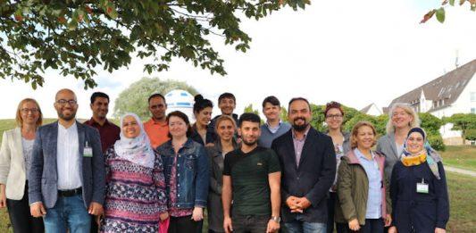 Teilnehmende und Betreuerinnen der Qualifizierungsmaßnahme für zugewanderte Fachkräfte an der Hochschule Kaiserslautern (Foto: Hochschule Kaiserslautern)