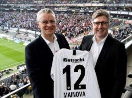 Mainova-Vorstandsvorsitzenden Dr. Constantin H. Alsheimer (links) und Axel Hellmann, Vorstandsmitglied der Eintracht Frankfurt Fußball AG (Foto: Mainova AG)