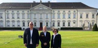 v.l.: Stefan Schaaf (ASB Worms), Andreas Wiedemann, Andrea Wiedemann (Foto: ASB Speyer)