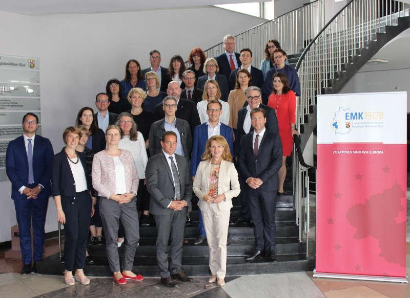 Gruppenfoto anlässlich der Arbeitsgruppensitzung der Europaministerkonferenz (Foto: SGD Süd)