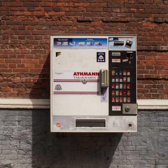Symbolbild Zigarettenautomat (pxhere)